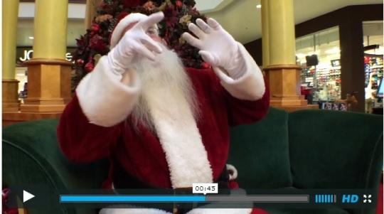 signing-santa-austin-texas-mall